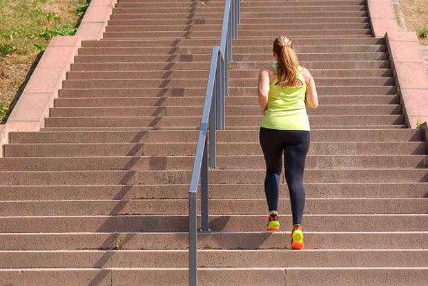 4 cách đơn giản kết hợp tập thể dục giảm cân vào cuộc sống bận rộn hằng ngày - Ảnh 3.