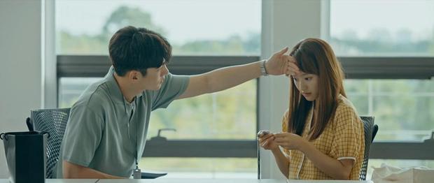 Ji Chang Wook lộ hậu trường vai trần nóng bỏng: 6 múi chưa thấy đâu nhưng cũng khiến chị em mất liêm sỉ - Ảnh 4.