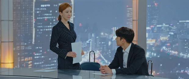 Ji Chang Wook lộ hậu trường vai trần nóng bỏng: 6 múi chưa thấy đâu nhưng cũng khiến chị em mất liêm sỉ - Ảnh 5.