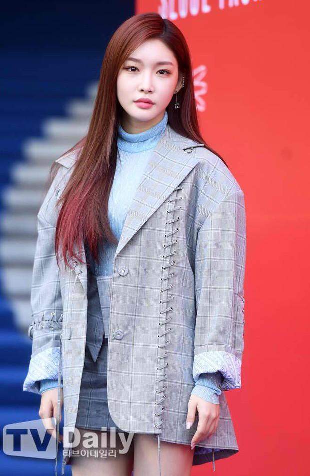 Seoul Fashion Week: Mỹ nam Trung Quốc chiếm sạch spotlight dàn sao Hàn vì đã đẹp trai bức người lại còn đầy khí chất - Ảnh 5.