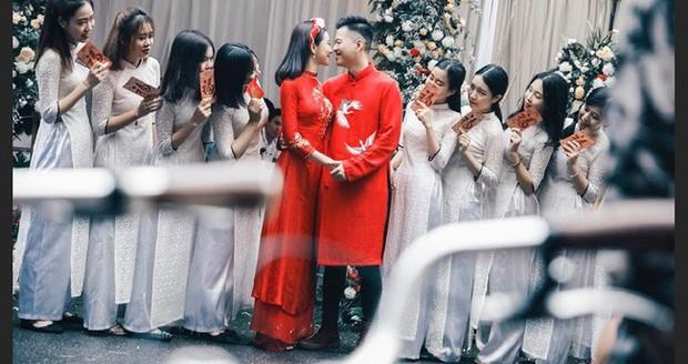 Chồng cũ đính hôn tưng bừng với tiểu tam Lưu Đê Ly, hội chị em tò mò phản ứng của vợ cũ Huy DX - Ảnh 1.