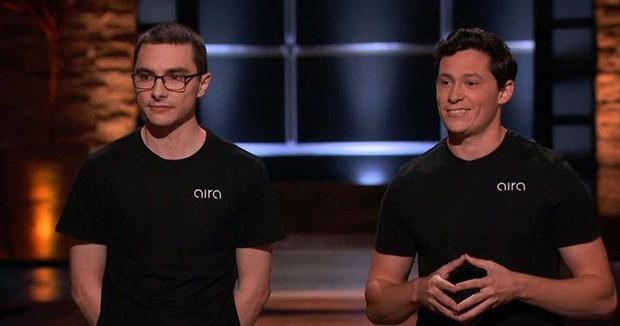 Tham gia Shark Tank, 2 thanh niên khiến iFan đổ cái rầm vì làm ra thứ Apple cũng chưa hoàn thành nổi - Ảnh 2.