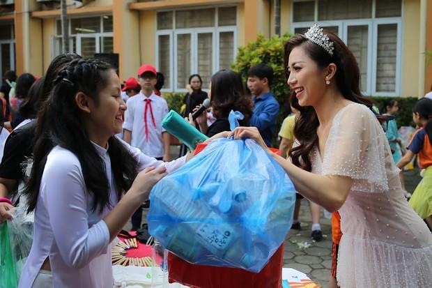 Độc đáo chương trình biểu diễn thời trang chung tay bảo vệ môi trường của học sinh Hà Nội - Ảnh 9.