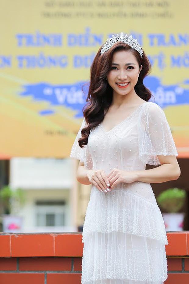 Độc đáo chương trình biểu diễn thời trang chung tay bảo vệ môi trường của học sinh Hà Nội - Ảnh 4.