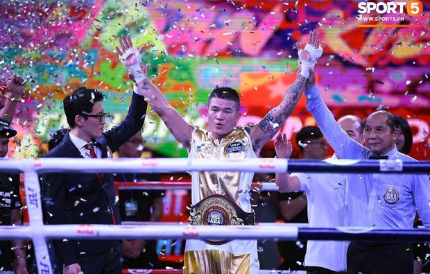 Victory 8: Đánh bại nhà vô địch Hàn Quốc, Nam vương Trương Đình Hoàng giành chiếc đai lịch sử cho quyền Anh Việt Nam - Ảnh 1.