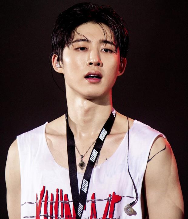 10 rapper đỉnh nhất Kpop do netizen bình chọn: Ngôi vương vừa lòng số đông nhưng thứ hạng của RM và Suga lại gây nhiều tranh cãi - Ảnh 7.