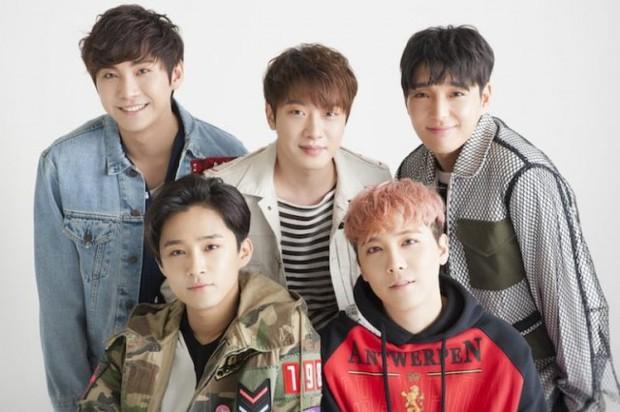 Kpop cứ 5 năm 1 lần lại chứng kiến toàn sự kiện chấn động: Nhóm nhạc quốc dân mất thành viên; kiện tụng, scandal khiến loạt idol rút khỏi làng giải trí - Ảnh 18.