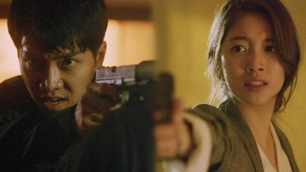 Lee Seung Gi dành cả thanh xuân chạy trốn thần chết vì liên hoàn ám sát trong tập 9 Vagabond - Ảnh 12.