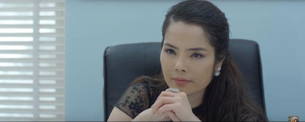 4 thế lực lăm le hãm hại Thái (Hoa Hồng Trên Ngực Trái): Bà Dung tưởng nguy hiểm mà vẫn thua xa Trà tiểu tam - Ảnh 1.