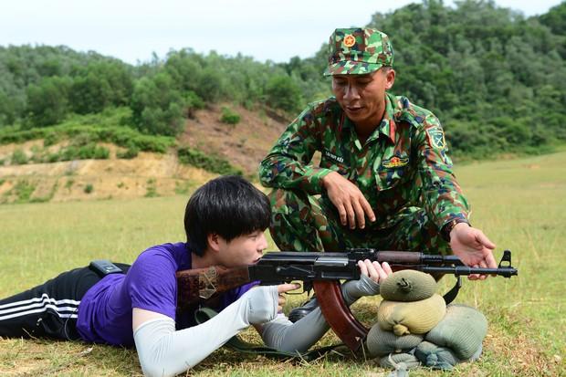Thanh Hương (Quỳnh búp bê), Vương Anh (Về nhà đi con), hot streamer Độ Mixi... đối đầu trong show thực tế bắn súng - Ảnh 5.
