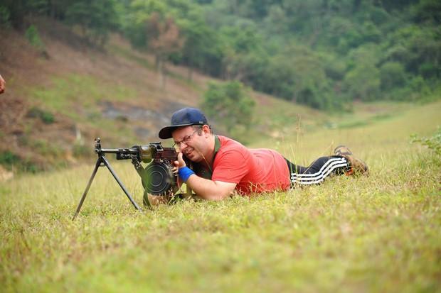 Thanh Hương (Quỳnh búp bê), Vương Anh (Về nhà đi con), hot streamer Độ Mixi... đối đầu trong show thực tế bắn súng - Ảnh 8.
