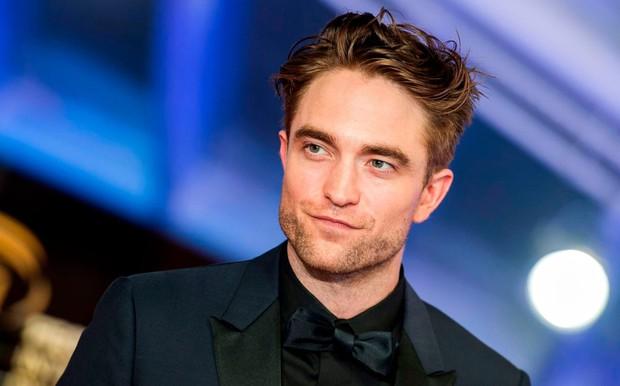 Đỏ mặt với sở thích tự sướng mỗi khi đóng phim của Người Dơi Robert Pattinson: Anh đẹp trai nhưng hơi sai sai! - Ảnh 1.