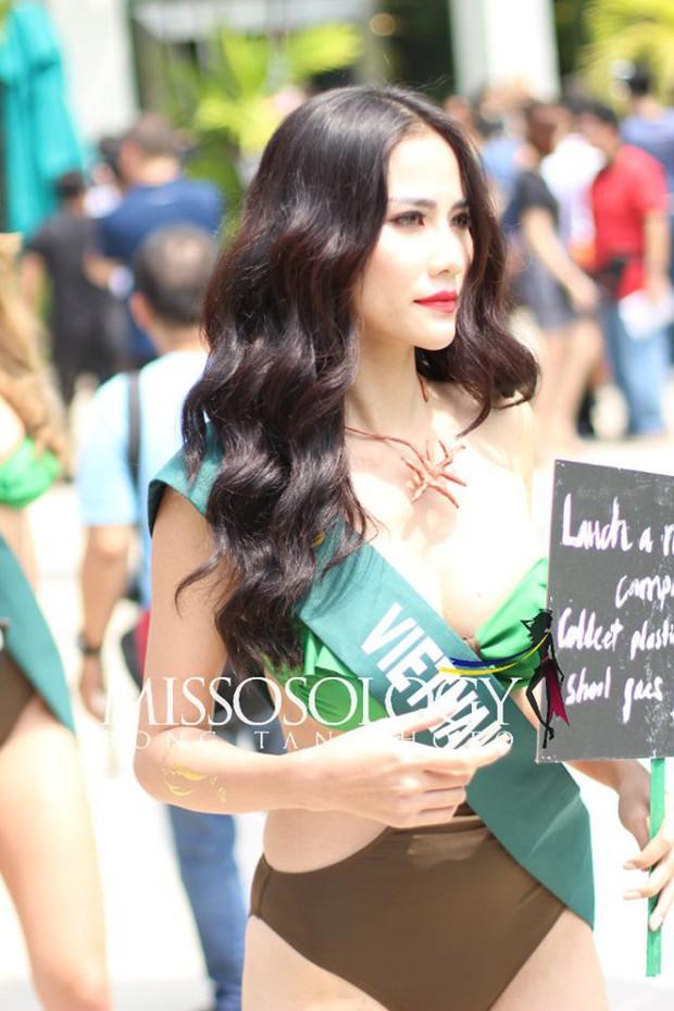 Đại diện Việt Nam diện bikini khoe body nổi bật, kéo đến dàn thí sinh Hoa hậu Trái đất 2019 đúng là hết hồn - Ảnh 4.