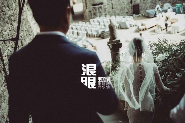 Cao Quý Phi từng bị con trai Trương Quốc Lập đánh thừa sống thiếu chết bất ngờ tổ chức hôn lễ siêu hoành tráng tại Ý - Ảnh 1.