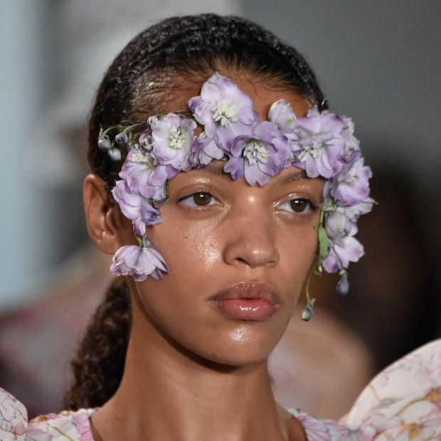 Paris Fashion Week tràn ngập những xu hướng beauty đẹp rụng rời, không ngắm quả là phí của giời - Ảnh 7.