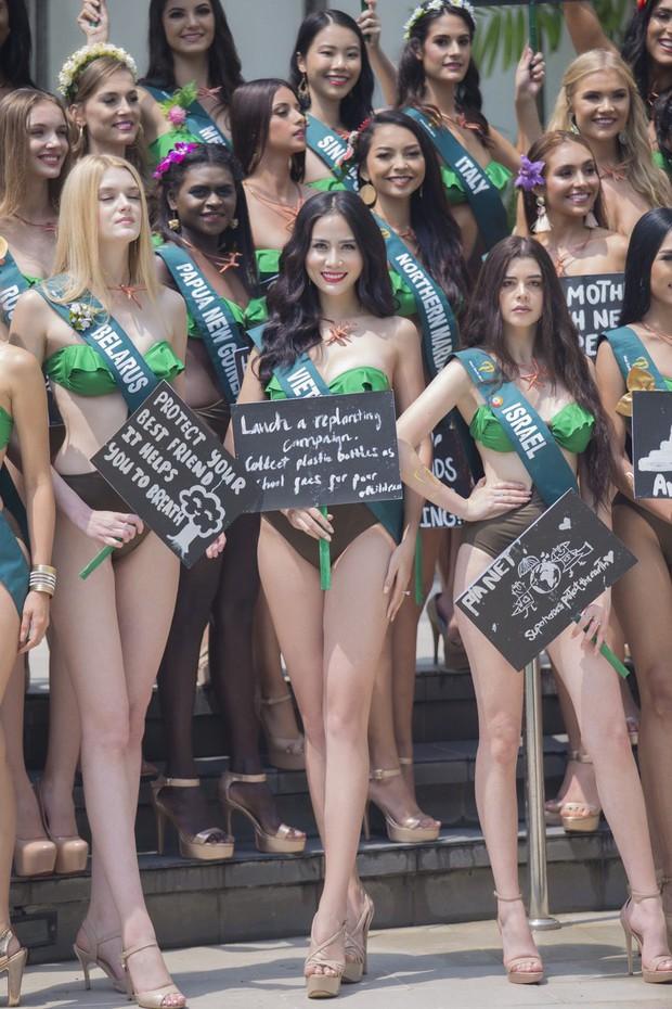Đại diện Việt Nam diện bikini khoe body nổi bật, kéo đến dàn thí sinh Hoa hậu Trái đất 2019 đúng là hết hồn - Ảnh 1.