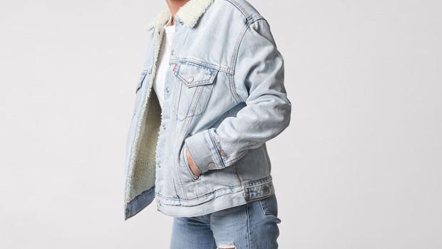 Mẫu áo denim chất nhất mùa thu 2019: Nghe gọi và selfie bằng tay áo, Levis kết hợp Google sản xuất - Ảnh 1.