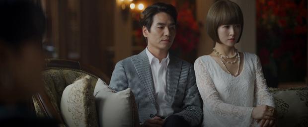 Cung đấu gắt nhất cuối năm thuộc về Secret Boutique: Khó thở với màn báo thù bằng tình lẫn tiền kì công của chị đại Kim Sun Ah - Ảnh 2.