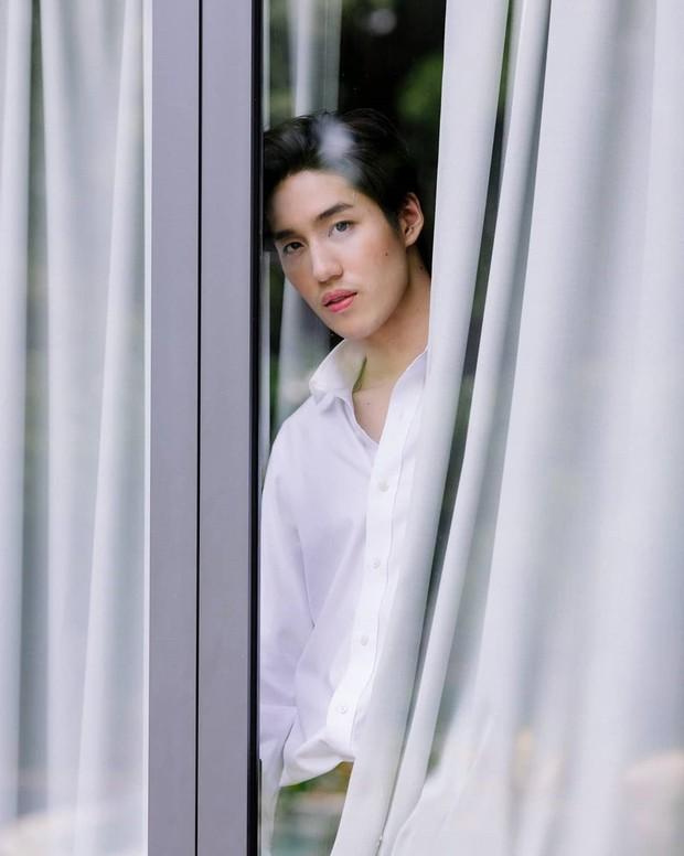 Nam chính đóng cảnh nóng tới sập giường Tor Thanapob chào fan Việt, hẹn gặp hậu cung ở Sài Gòn nha mấy bạn! - Ảnh 5.