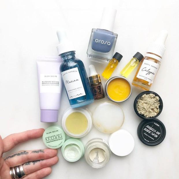 Bác sĩ phân tích bụi mịn làm da lão hóa nhanh, và khuyên bạn nên dùng những loại mỹ phẩm sau để bảo vệ da thật tốt - Ảnh 4.