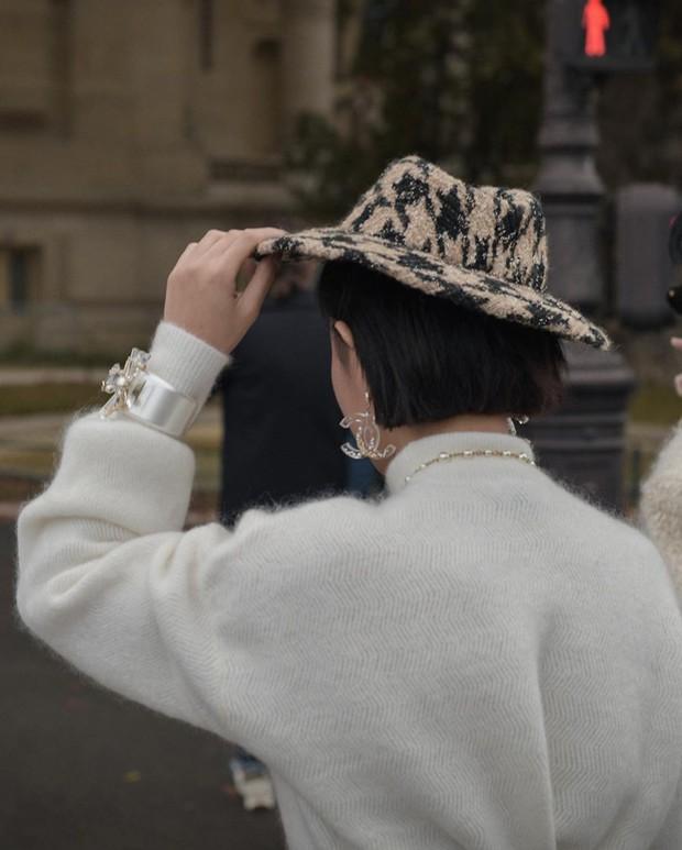 """Rich kid Thảo Tiên lên đồ chất lừ lọt vào ống kính nhiếp ảnh gia quốc tế, """"đụng hàng"""" với Châu Bùi mà style khác hẳn - Ảnh 8."""