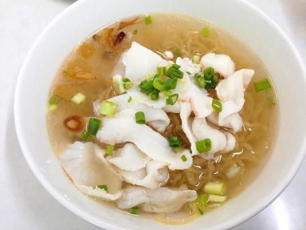 Nói tiếng Việt có thể đôi khi chưa rõ nhưng Hari Won lại rất am hiểu ẩm thực Việt, từ ngày cưới Trấn Thành còn thường xuyên đi review ăn uống như ai - Ảnh 8.