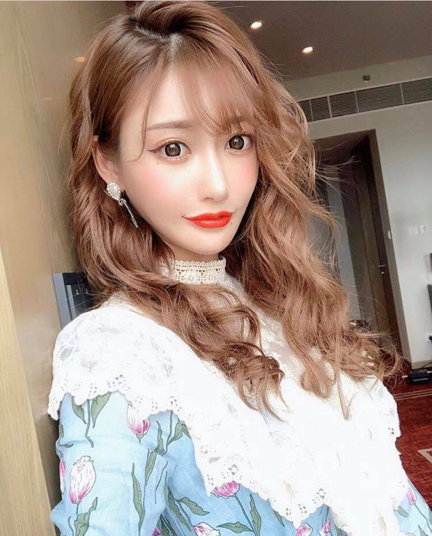 Sinh nhật tuổi 28, Lý Hiện nhận được lời chúc đặc biệt từ sao nữ JAV nhưng phản ứng của Gun Thần mới gây bão - Ảnh 4.