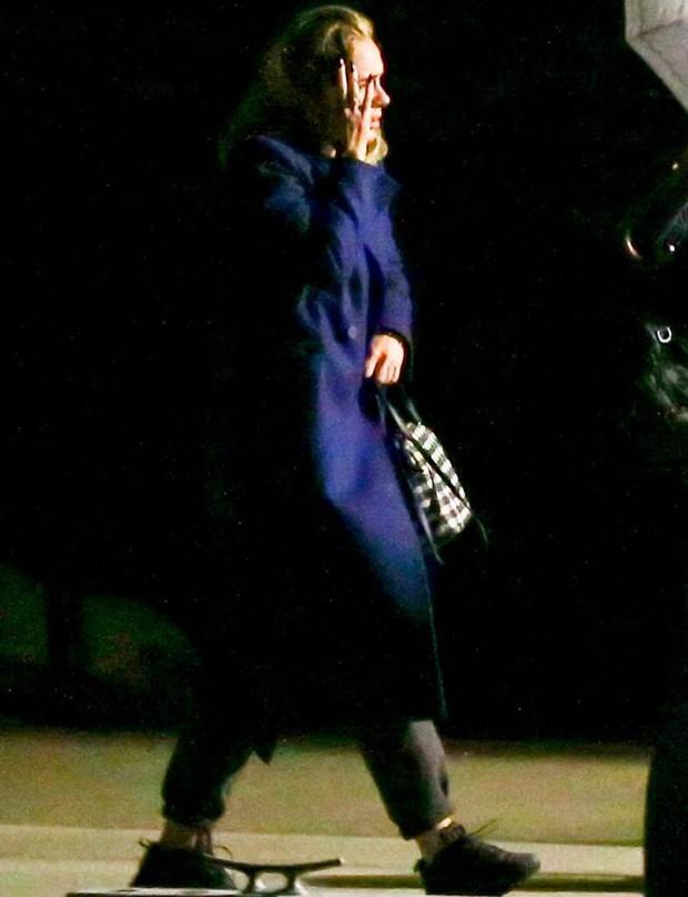 Hôn lễ mỹ nhân X-Men Jennifer Lawrence: Adele và dàn siêu sao đến dự, lâu đài thắt chặt an ninh, xe cứu thương bỗng xuất hiện - Ảnh 8.