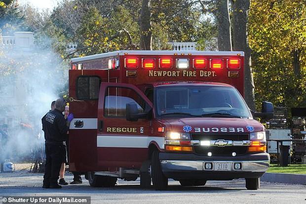 Hôn lễ mỹ nhân X-Men Jennifer Lawrence: Adele và dàn siêu sao đến dự, lâu đài thắt chặt an ninh, xe cứu thương bỗng xuất hiện - Ảnh 22.