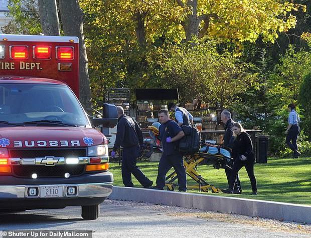 Hôn lễ mỹ nhân X-Men Jennifer Lawrence: Adele và dàn siêu sao đến dự, lâu đài thắt chặt an ninh, xe cứu thương bỗng xuất hiện - Ảnh 21.