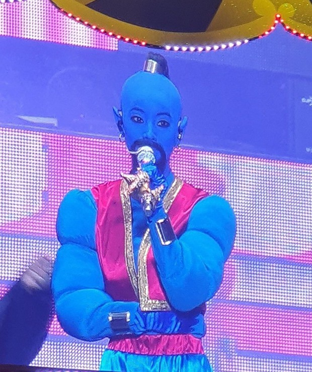 TWICE gây sốc với màn hoá trang Halloween cực độc nhưng cũng không hot bằng sự trở lại của Mina trên sân khấu - Ảnh 2.