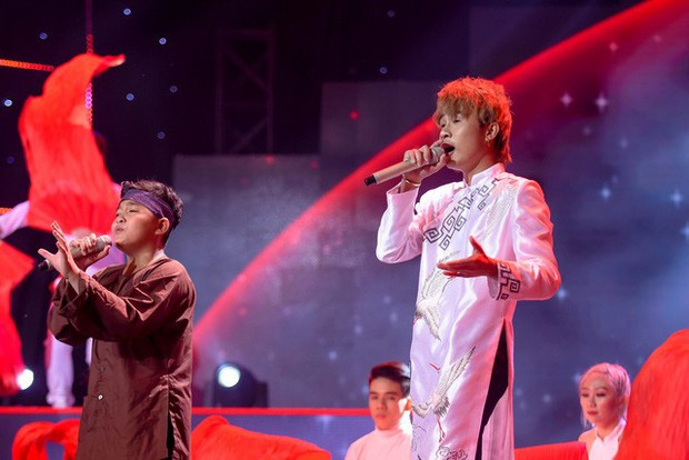 Đổi lời và phối mới hit Sóng Gió, Jack & K-ICM lên thẳng Top 1 Trending, lập kỷ lục vô tiền khoáng hậu cho The Voice Kid - Ảnh 3.