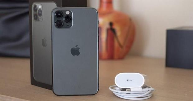 Thì ra đây chính là vũ khí bí mật giúp iPhone 11 có độ pin trâu hàng đầu thế giới - Ảnh 1.
