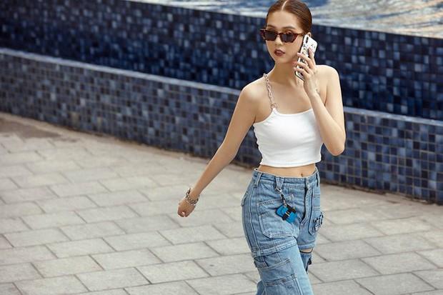 Khoe quần jeans trước sau như một, tưởng không ai dám mặc hóa ra Ngọc Trinh lại đụng hàng với Kendall Jenner - Ảnh 11.