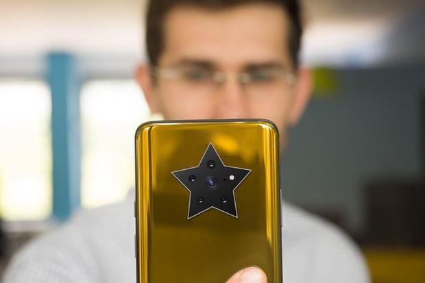 Bạn nghĩ camera smartphone hiện nay trông quái đản quá? Xu thế năm sau còn kỳ quặc hơn! - Ảnh 4.