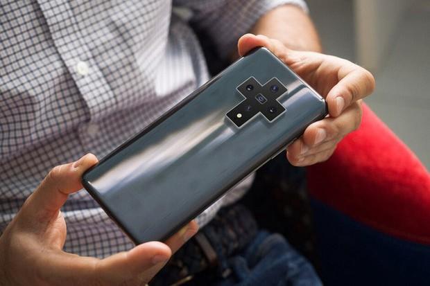 Bạn nghĩ camera smartphone hiện nay trông quái đản quá? Xu thế năm sau còn kỳ quặc hơn! - Ảnh 5.