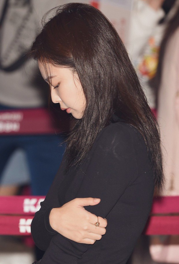 Jennie (BLACKPINK) được khen ngợi vì sự chuyên nghiệp khi biểu diễn hết mình tại Nhật Bản dù sắc mặt ốm yếu trông thấy - Ảnh 1.