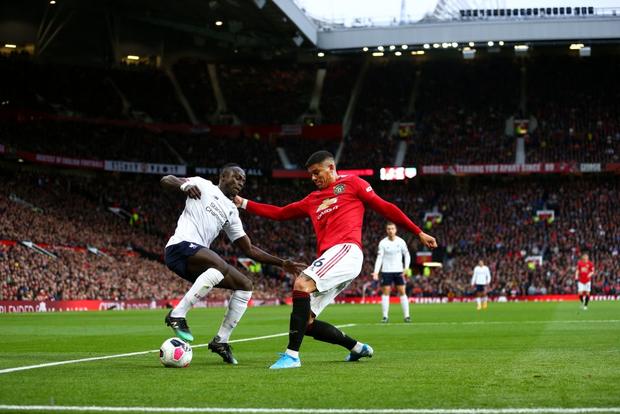 Đại chiến nước Anh: MU chơi hay ngoài tưởng tượng để cắt đứt mạch thắng của Liverpool - Ảnh 2.