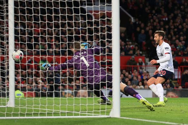 Đại chiến nước Anh: MU chơi hay ngoài tưởng tượng để cắt đứt mạch thắng của Liverpool - Ảnh 9.