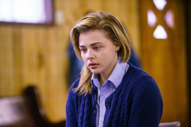 Chloe Moretz: Mới 22 tuổi đã đóng gần 60 phim, trưởng thành sớm sau sóng gió gia đình - Ảnh 5.