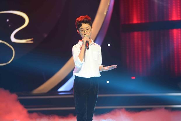 Cậu bé Thị Mầu Đức Vĩnh được khen gợi nhớ đến danh ca Khánh Ly - Ảnh 2.