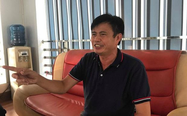 Vụ dầu thải gây ô nhiễm nước sông Đà: Công an làm việc với con gái Chủ tịch Cty gốm sứ - Ảnh 1.
