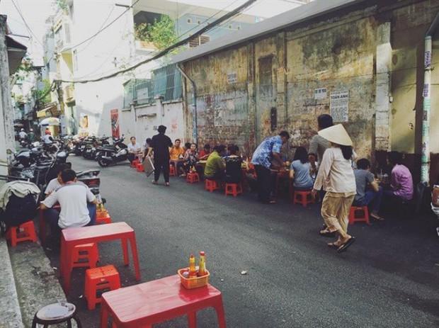 Chuyên trang nước ngoài bình chọn ra list 10 hàng bánh mì ngon nhất Sài Gòn, bất ngờ nhất với vị trí số 3 - Ảnh 15.