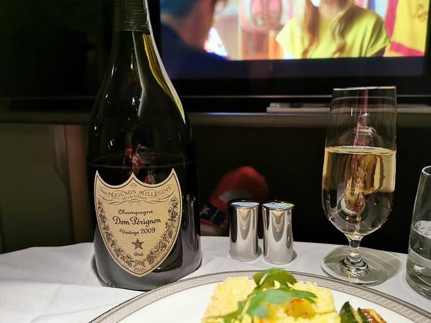 Suất ăn hạng nhất của 15 hãng hàng không này sẽ làm thay đổi quan niệm của bạn về chuyện ăn uống trên máy bay - Ảnh 46.