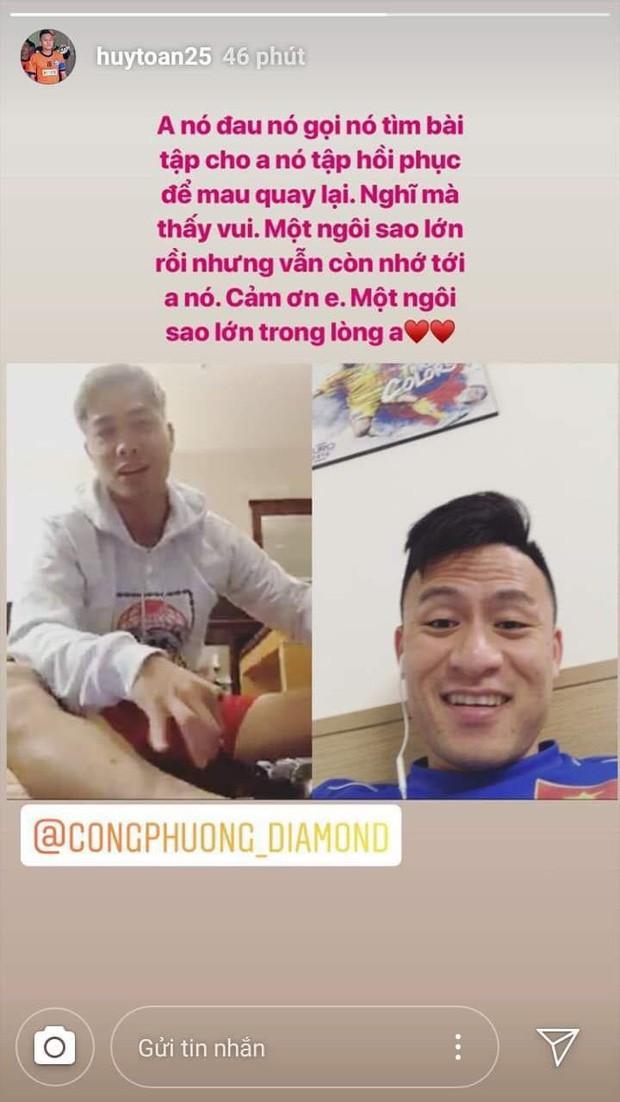 Gặp khó khăn khi đến Bỉ chơi bóng, Công Phượng vẫn nhiệt tình giúp đỡ đồng đội tuyển Việt Nam ở quê nhà - Ảnh 2.