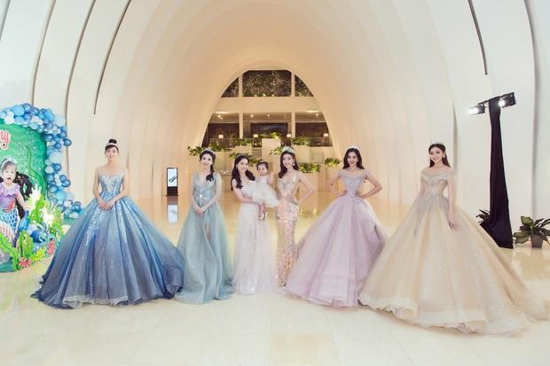 Khoảnh khắc xinh đẹp: Dàn Hoa hậu, Á hậu đình đám Vbiz đọ sắc, hoá Cinderella lộng lẫy như bước ra từ cổ tích - Ảnh 2.