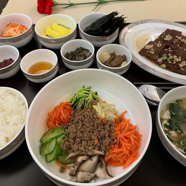 Suất ăn hạng nhất của 15 hãng hàng không này sẽ làm thay đổi quan niệm của bạn về chuyện ăn uống trên máy bay - Ảnh 20.