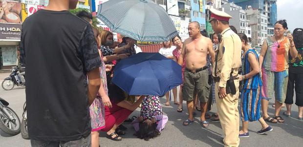 Hà Nội: Nam thanh niên chạy xe không làm chủ tốc độ tông người qua đường nguy kịch - Ảnh 2.