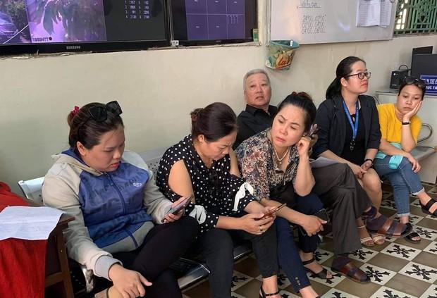 Nhiều cửa hàng Món Huế ngừng hoạt động tại Sài Gòn, cả trăm nhà cung cấp kéo đến đòi nợ hàng tỉ đồng - Ảnh 4.