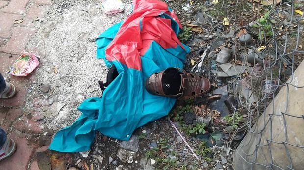 TP. HCM: 2 vợ chồng trẻ bị xe container cán tử vong trên đường đưa con đi học, bé gái 5 tuổi bị thương nặng - Ảnh 4.